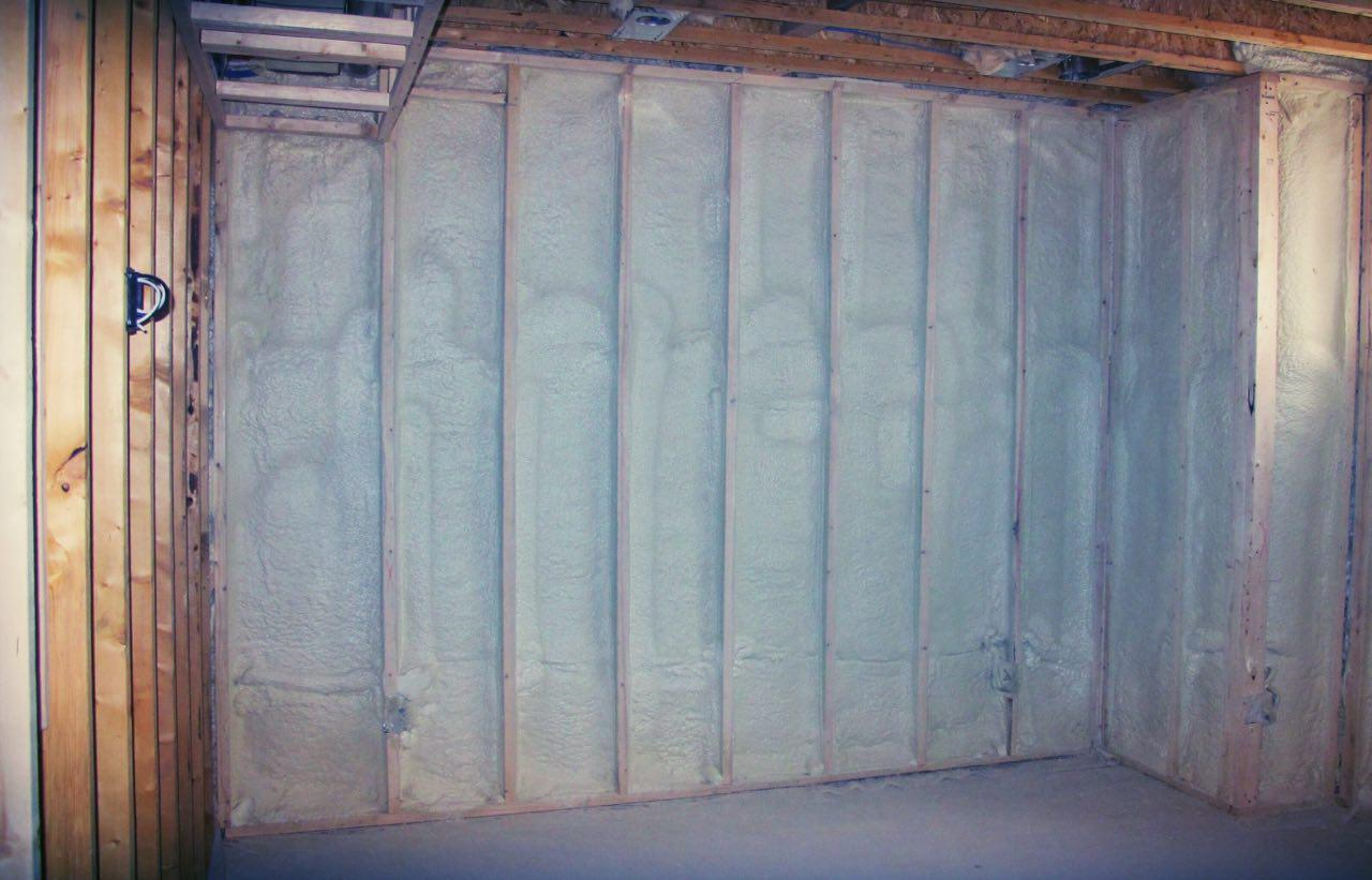 //desafoaminsulation.com/wp-content/uploads/2017/07/Spray-Foam.png